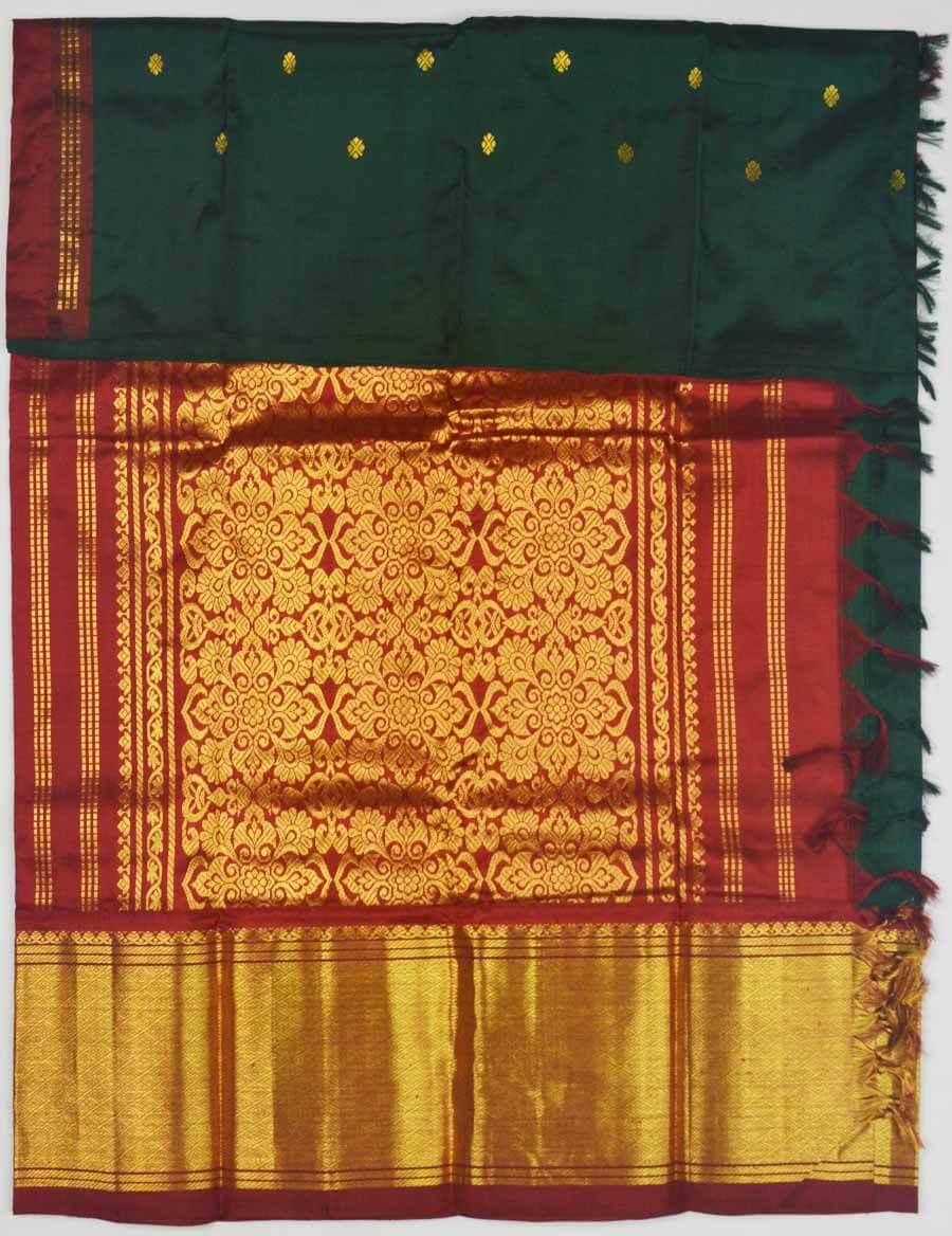 Temple Saree 9844
